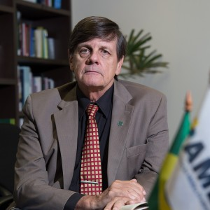 Dr. Emilio Cesar Zilli