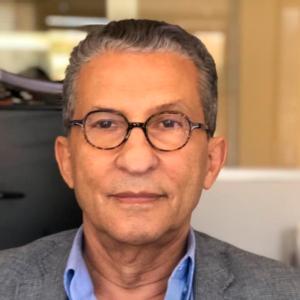 Dr. Cesar De Araújo Galvão